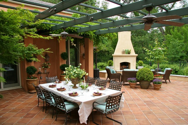 Image of: Patio in Mediterranean Style