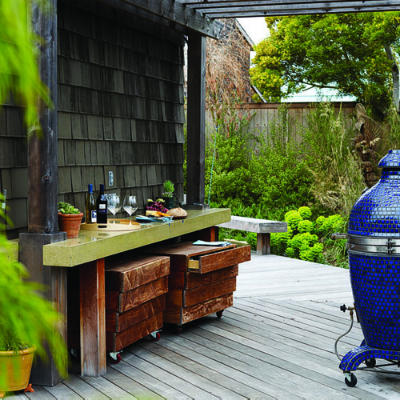 Image of: A Deck with Outdoor Bar