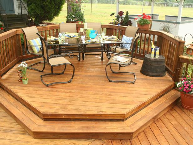 Image of: Cute Backyard Deck Ideas