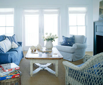 Image of: Classic Blue and White