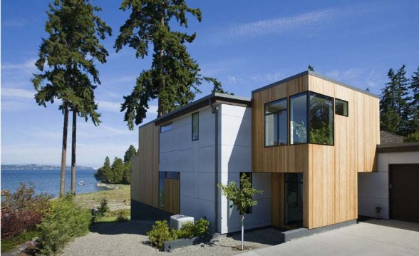 Image of: Contemporary Beach House in Wooden and Earth Tones