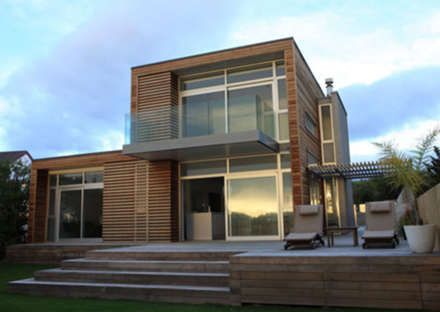 Image of: Contemporary Beach House