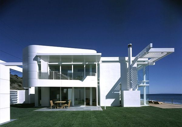 Contemporary Beach House in White