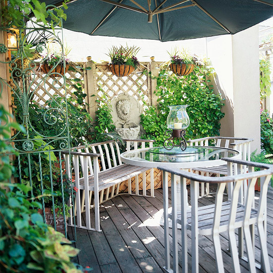 Image of: HIgh Walls with Plant Appeal