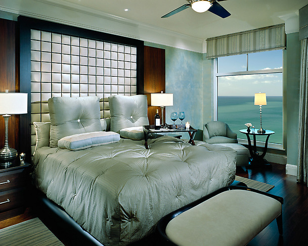 Image of: Romantic Blue Bedroom Color