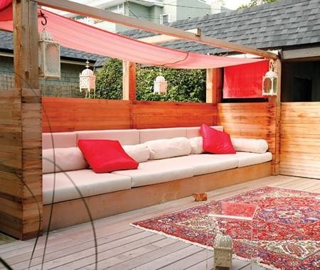 Image of: Romantic Garden Seating Ideas