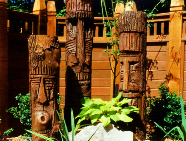 Image of: Wood Sculpture for Yard