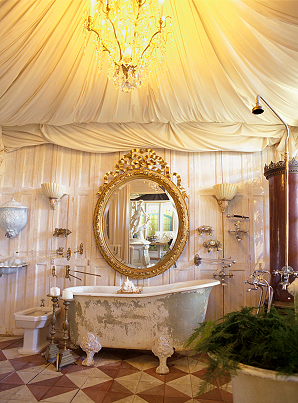 Image of: Victorian Bathroom Interior Decor