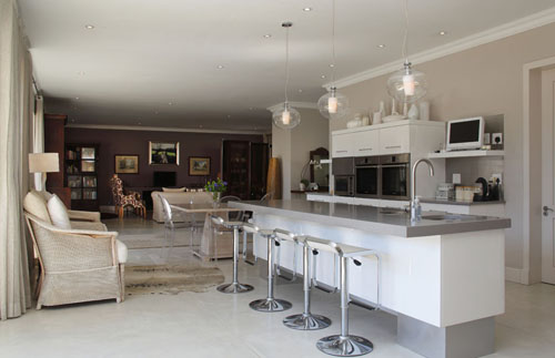 Image of: Classic Open Plan Kitchen in White and Grey