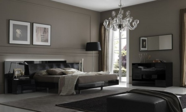Image of: Dark Victorian Bedroom Decor