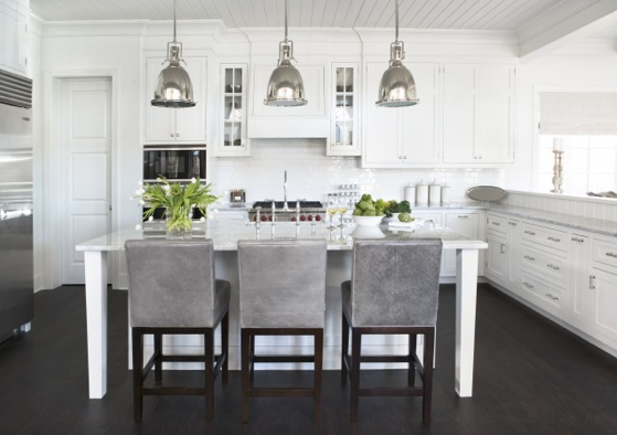 Image of: Stylish White and Grey Kitchen