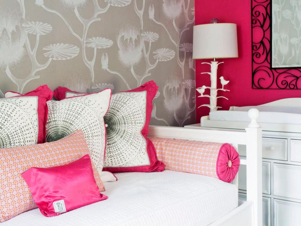 Image of: Cheap Pink Rugs For Girls Room