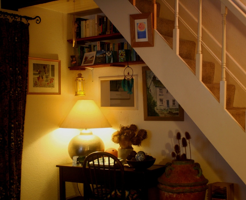Image of: Creating Space Under Stairs
