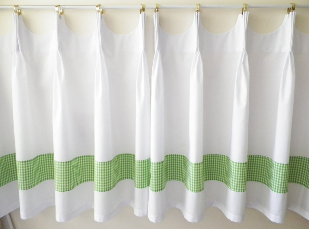 Image of: Green And White Curtain Panels
