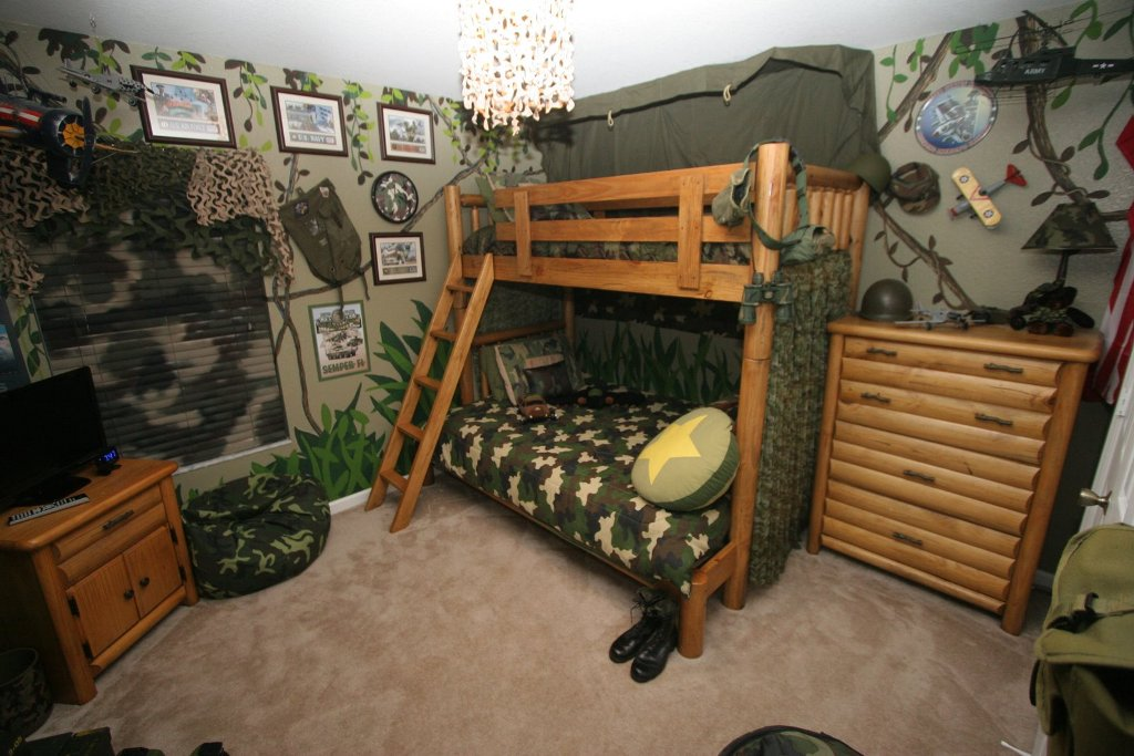 Image of: Guy Room Ideas College