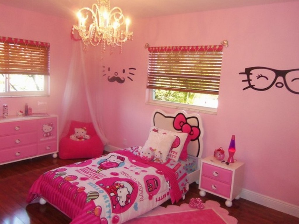 Image of: Hello Kitty Room Design
