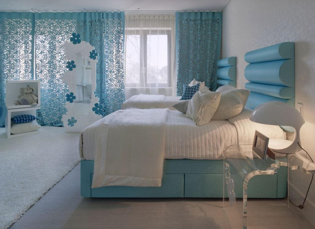 Image of: How To Decorate A Girls Room For Free