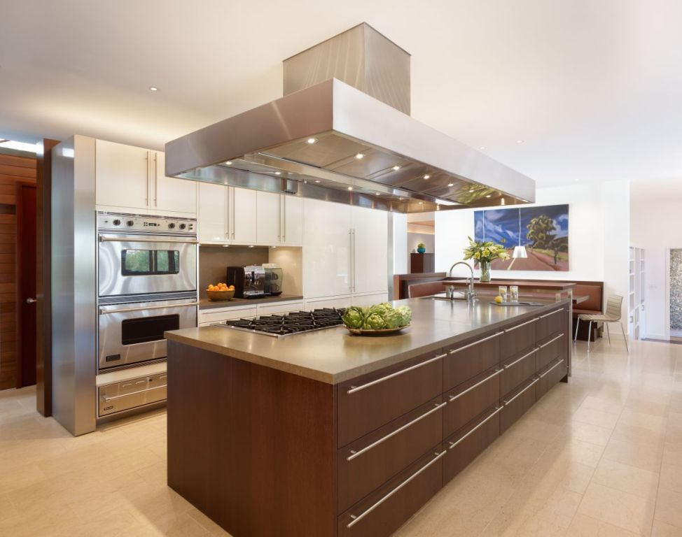 Image of: Kitchen Island Designs With Sink
