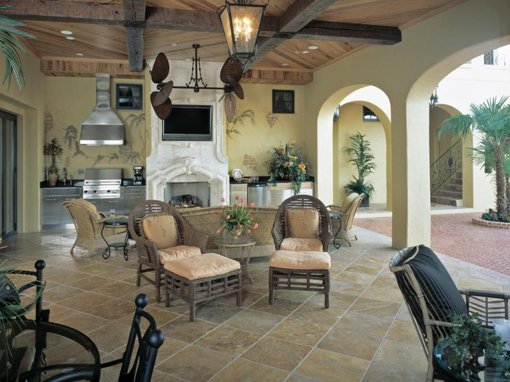 Image of: Outdoor Living Room Fireplace