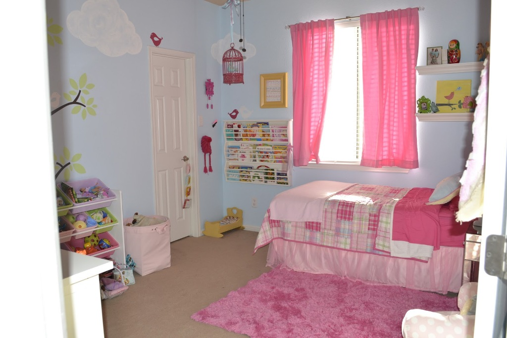 Image of: Blue And Pink Bedroom Ideas