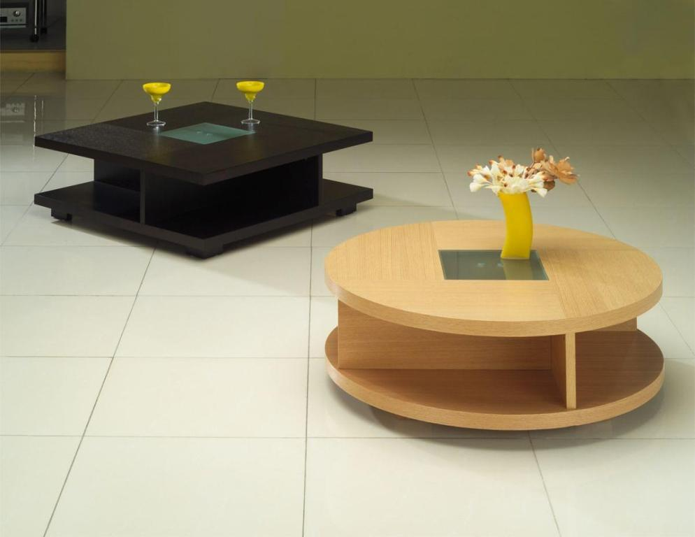 Image of: Coffee Tables For Small Spaces