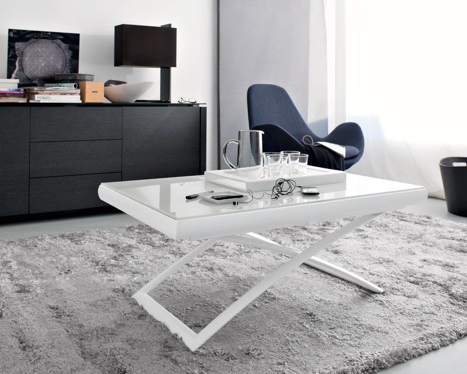 Image of: Multifunctional Table In Living Area