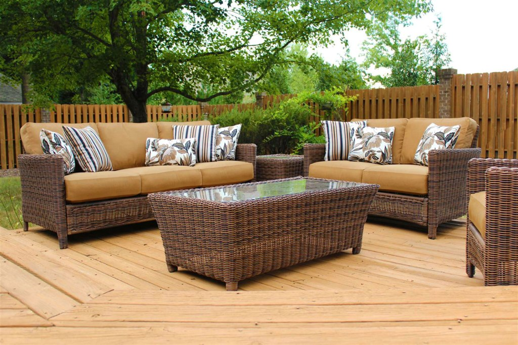 Image of: Outdoor Seating Furniture