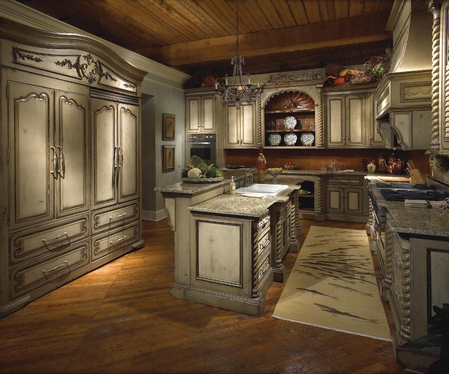 Image of: Small Tuscan Kitchen