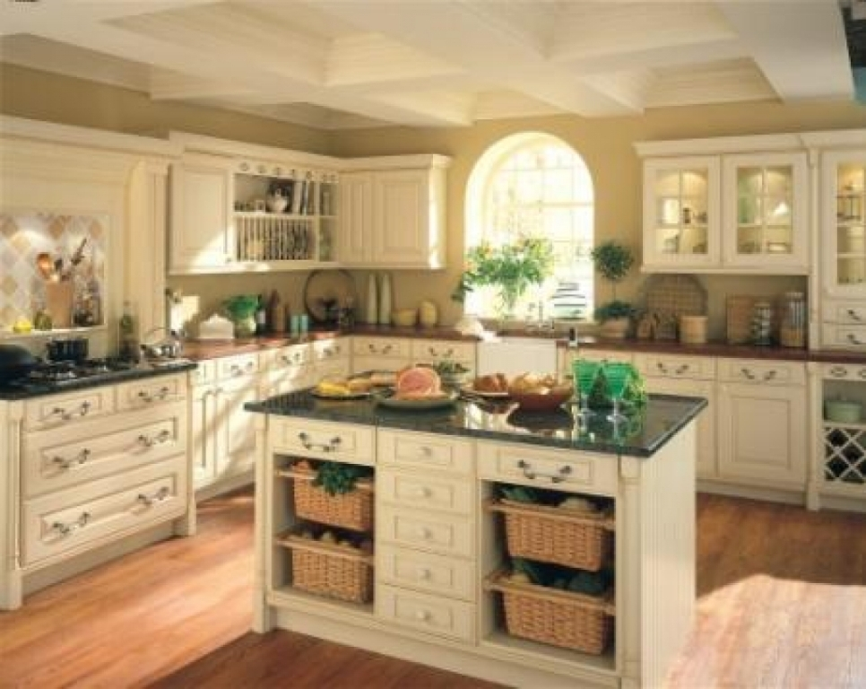 Image of: Tuscan Kitchen Cabinets