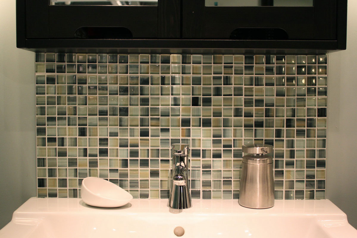 Image of: Mosaic Tile Bathroom Designs