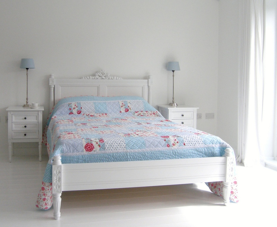 Image of: White Bedroom Design Ideas Style
