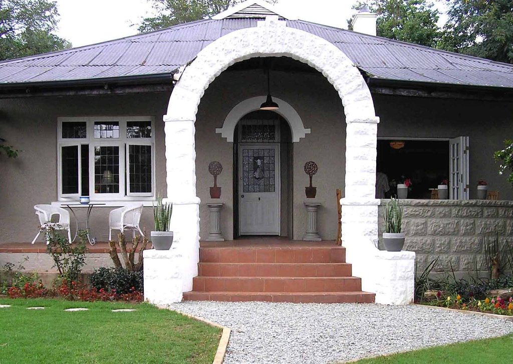 Image of: Guest House For Rent