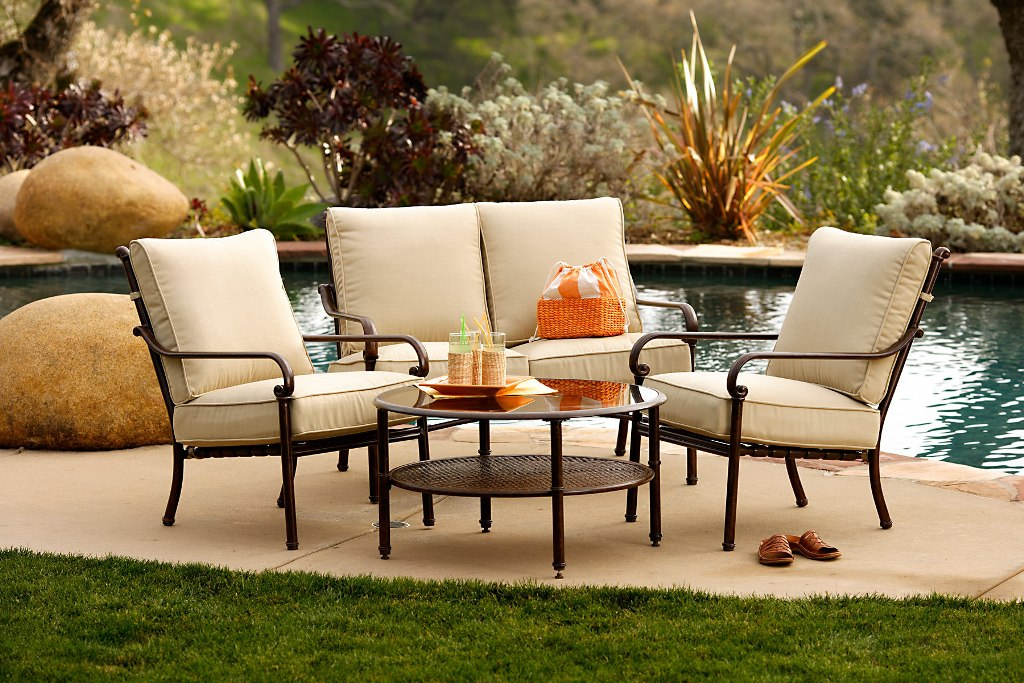 Image of: Outdoor Patio Furniture