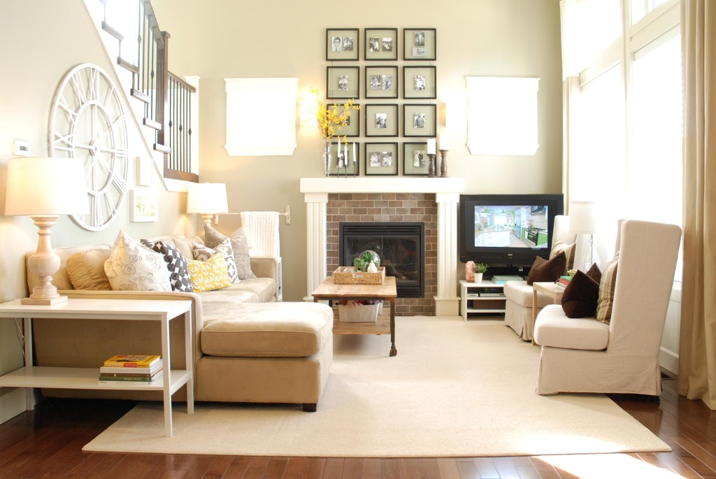 Image of: Small Living Rooms With Fireplaces