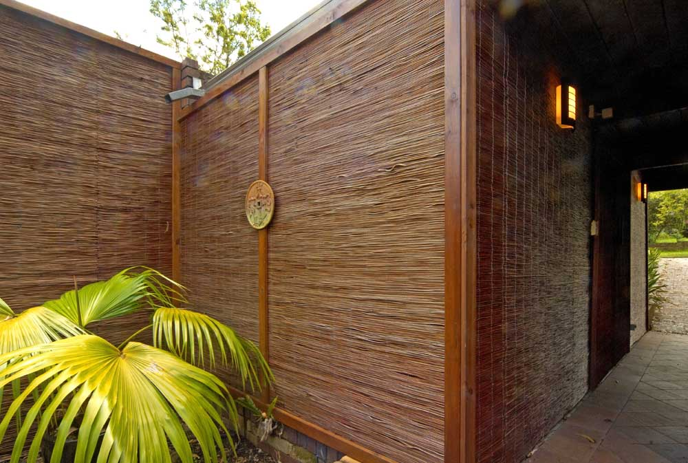 Image of: Bamboo Fence Panels Modern