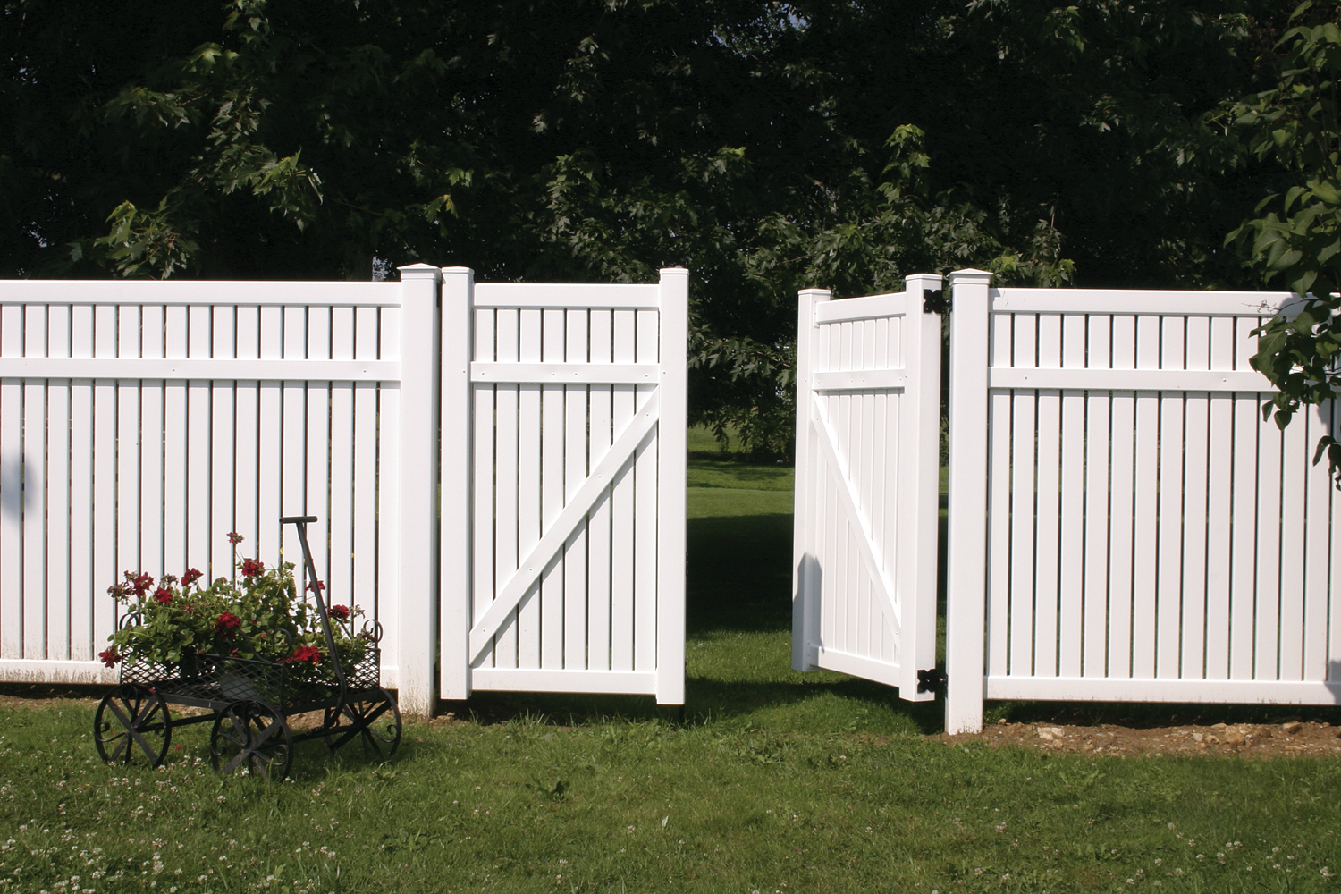 Image of: Best Plastic Fence