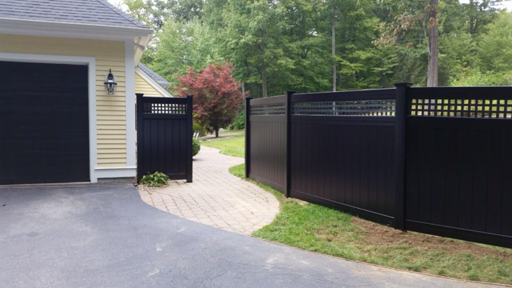 Image of: Black Vinyl Fence Contemporary Design