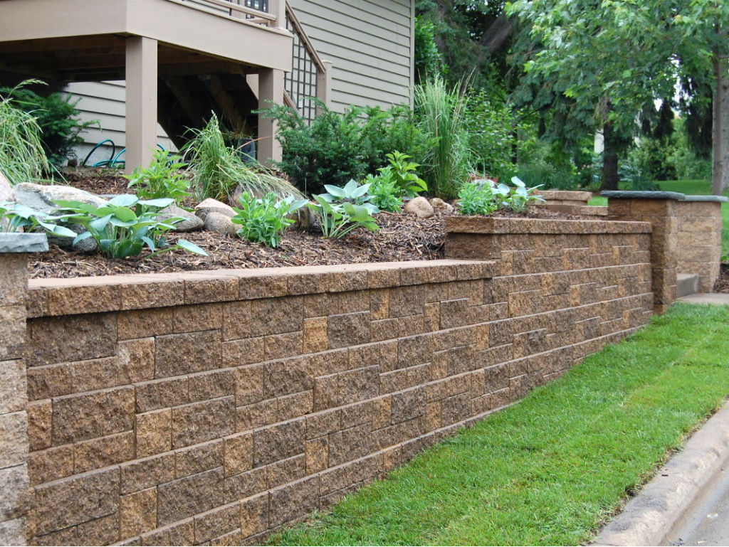 Image of: Brick Fence Garden