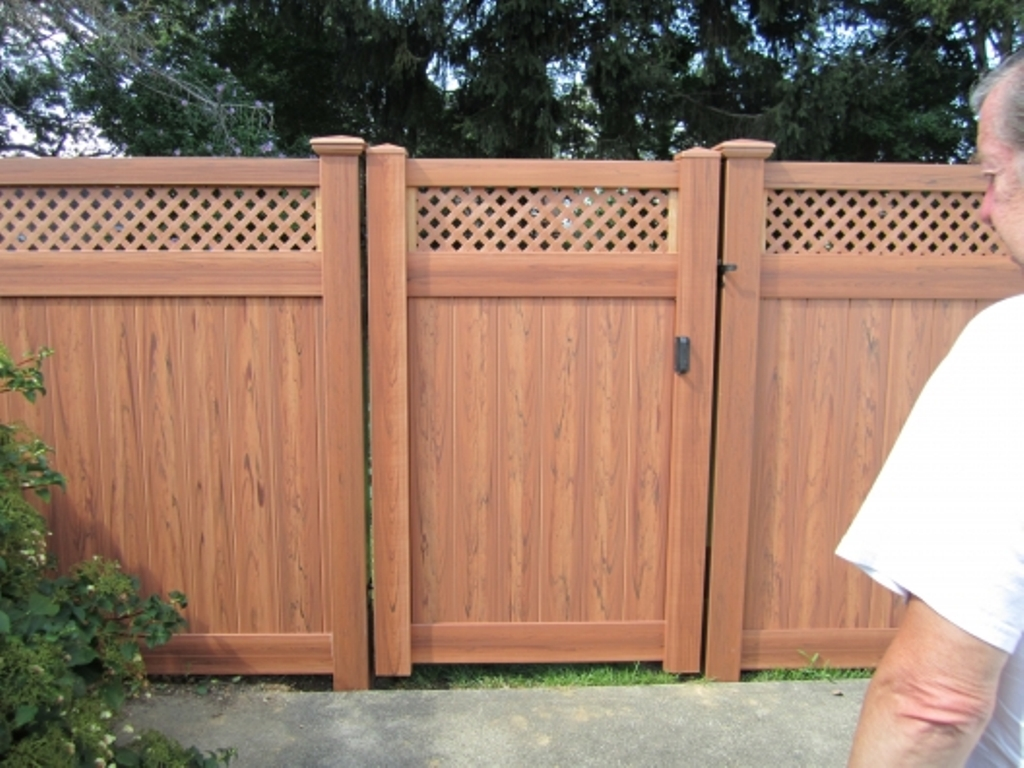 Building Privacy Fence Panels