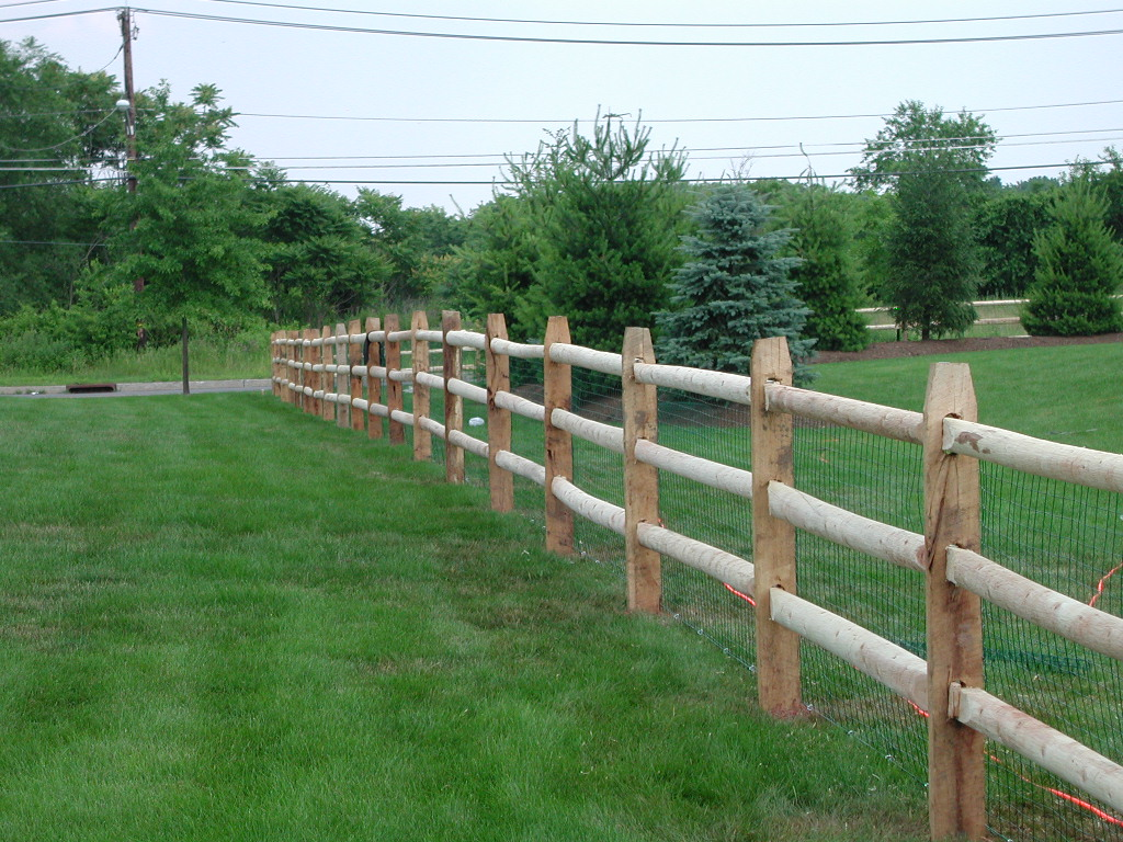 Image of: Cedar Fence Posts Pictures