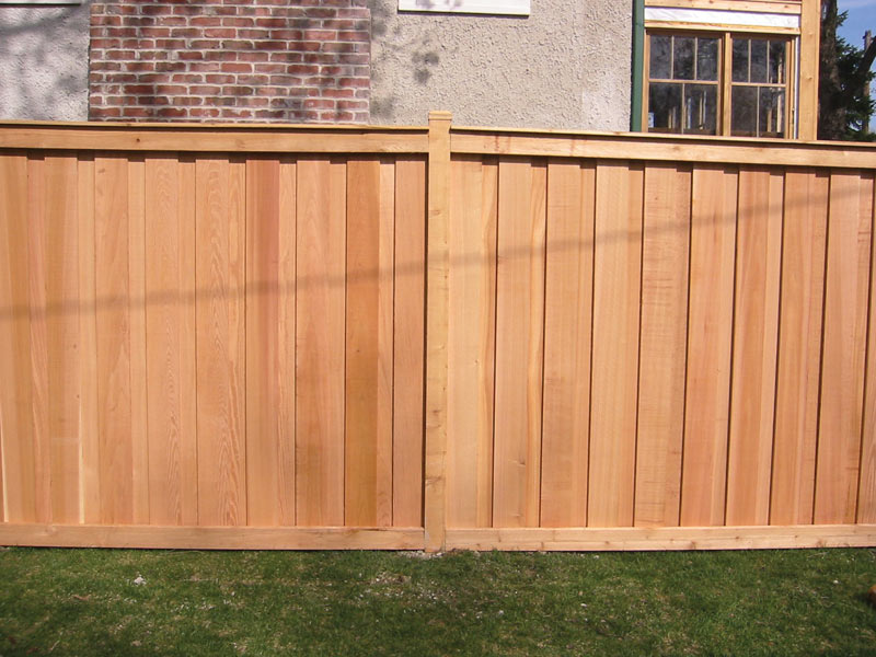 Image of: Cedar Fencing Gallery