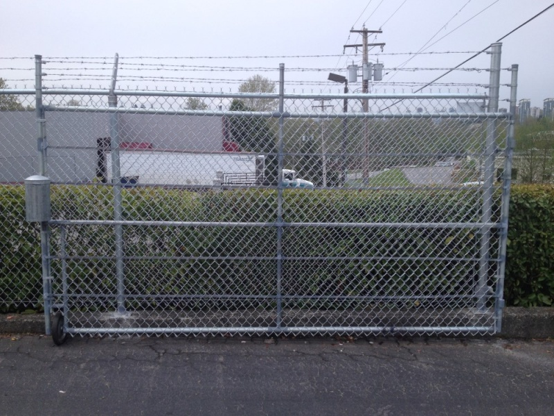 Chain Link Fence Gate Repair