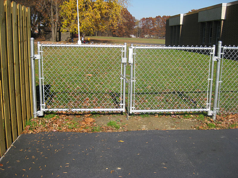 Image of: Chain Link Fence Gate Wheels