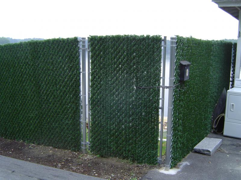 Image of: Chain Link Fence Privacy Slats Picture