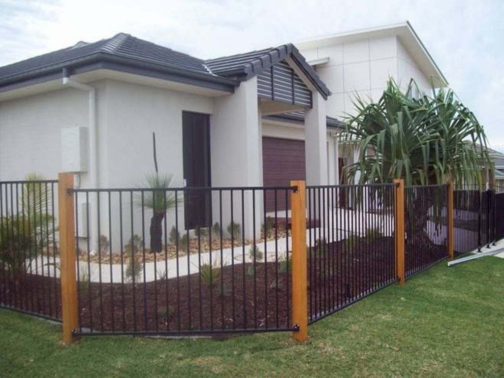 Cheap Black Aluminum Fencing
