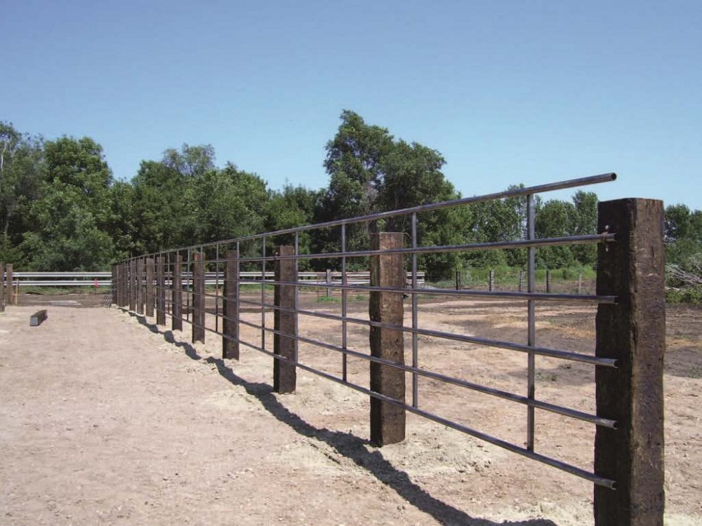 Image of: Contemporary Cattle Fence Panels
