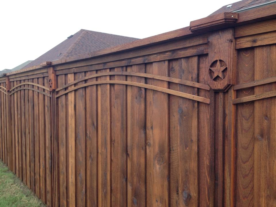Image of: Cool Cedar Fencing