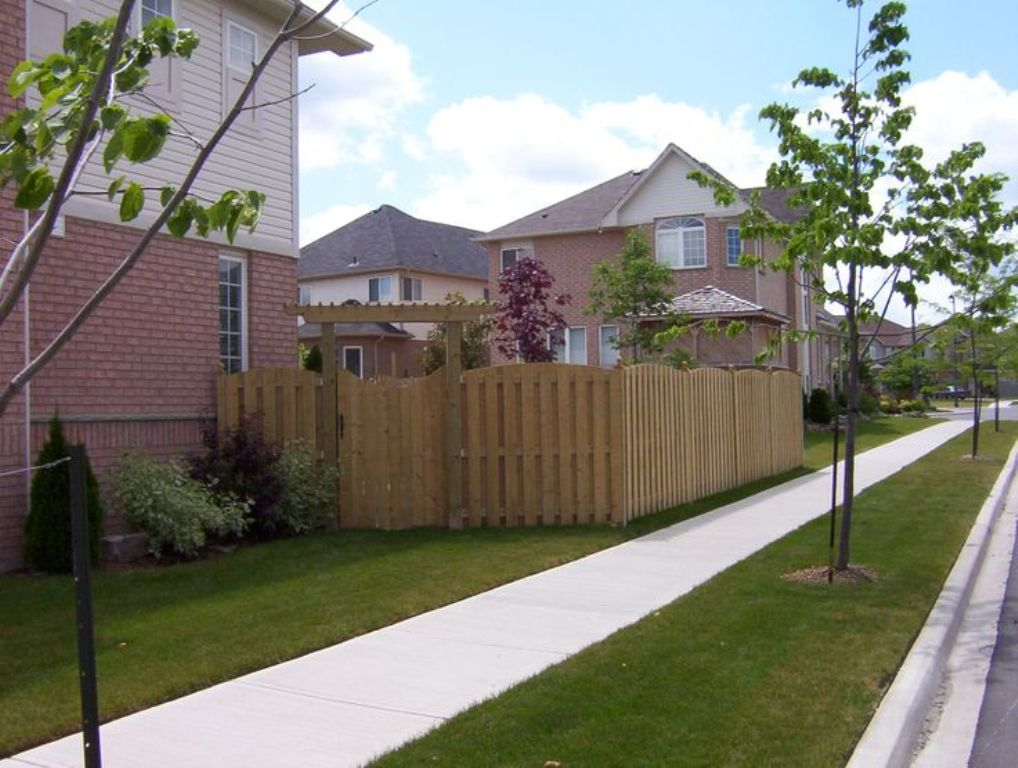 Image of: Corner Lot Fence Ideas Pictures