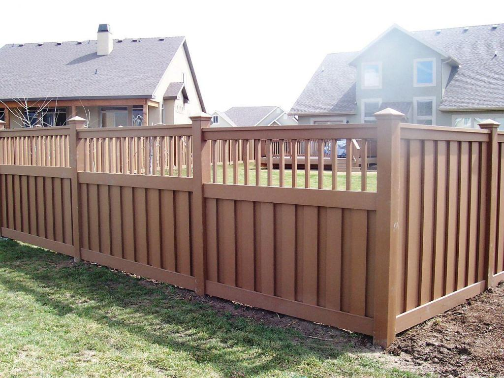 Image of: Corner Lot Fence Ideas for Backyard