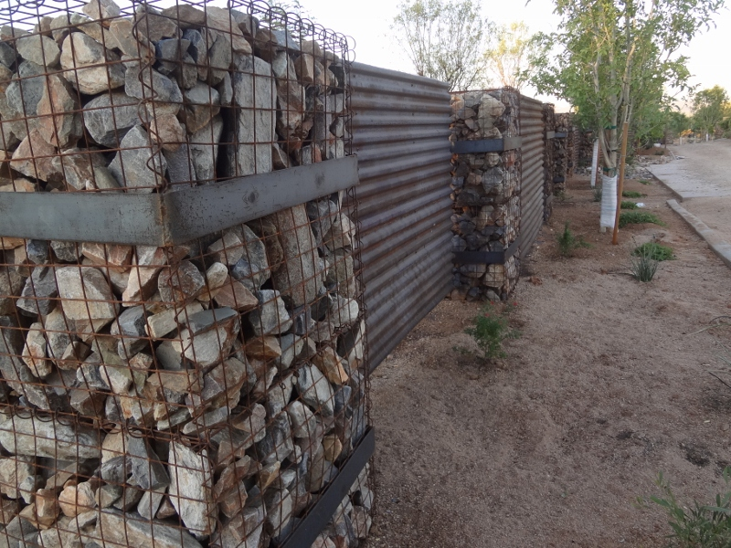 Image of: Corrugated Metal Fence Combinations
